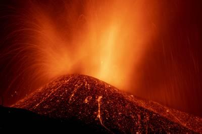 La Palma volcano: Social media photos capture eruption in Spain's Canary Islands